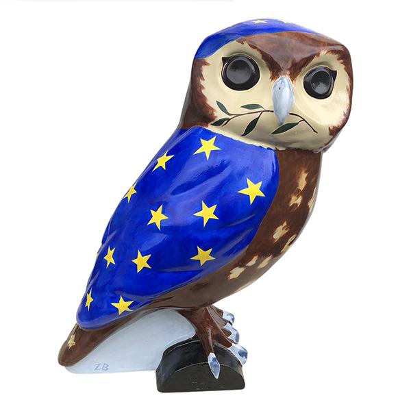 Twit to leave EU