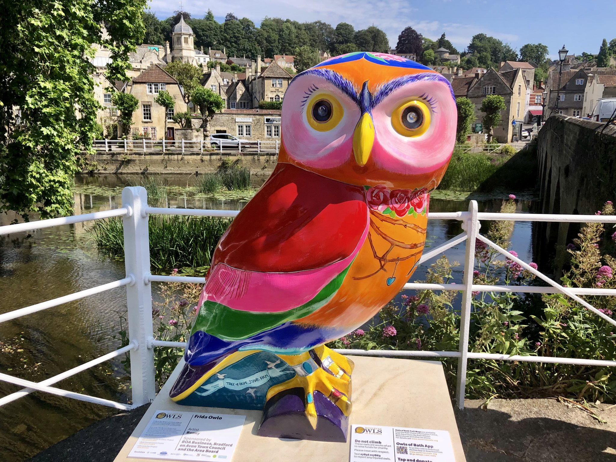 Frida Owlo unveiled in Bradford on Avon